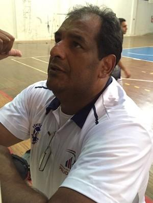 Negativo, técnico do basquete de Prudente sub-16 (Foto: Ive Rodrigues / GloboEsporte.com)