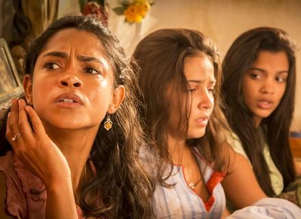 Santo, Luzia e família são alvos de tiroteio e correm risco