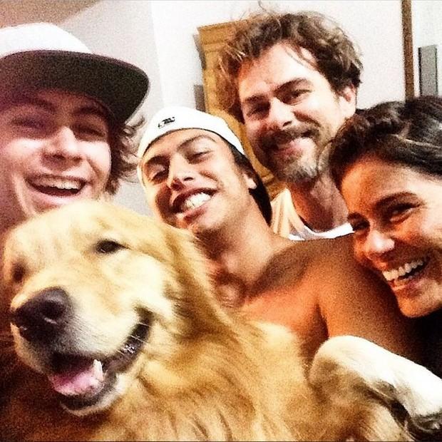 Rafael Vitti, Francisco Vitti, João Vitti e Valéria Alencar (Foto: Reprodução/Instagram)