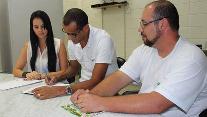Rivaldo presidente Mogi Mirim (Foto: Geraldo Bertanha / Divulgação Mogi Mirim)
