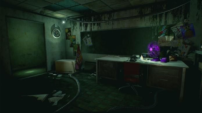O escritório de Five Nights at Freddys 3 tinha um grande vidro por onde víamos os animatrônicos se aproximarem (Foto: Reprodução/Kotaku)