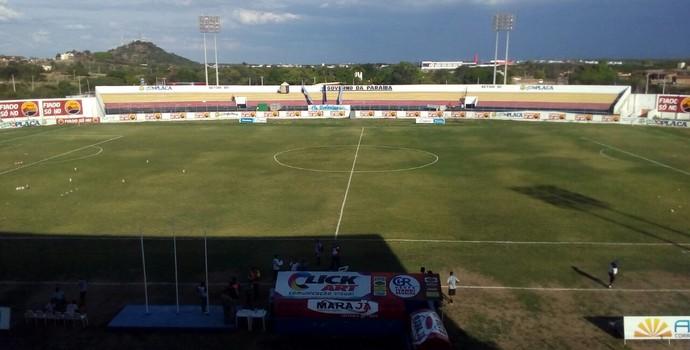 Estádio Perpetão (Foto: Felipe Valetim / TV Paraíba)