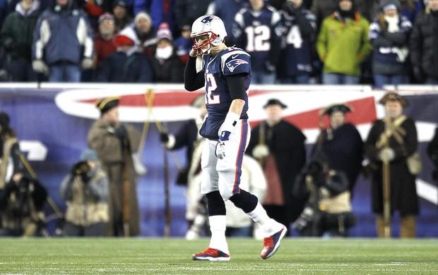 Tom Brady na partida da NFL entre Patriots e Baltimore (Foto: Reuters)