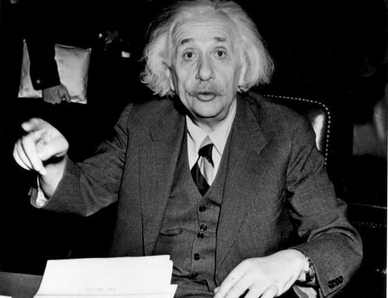 Cientistas descobrem ondas gravitacionais de Einstein