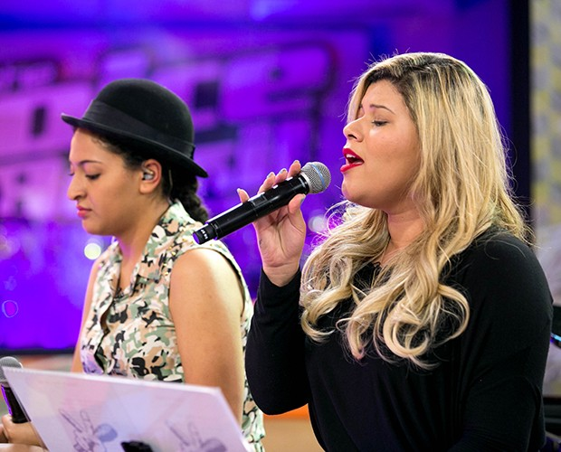 """Kall ensaiando a música """"Ficar com Você"""" (Foto: Isabella Pinheiro/Gshow)"""