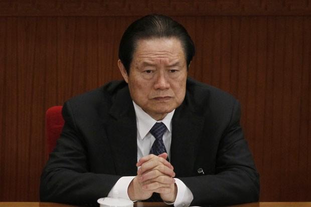 O então chefe de polícia e segurança chinês Zhou Yongkang em foto de 2012 (Foto: Ng Han Guan/AP)