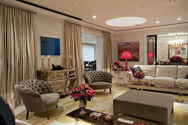 Projeto aposta no luxo sem excessos casa vogue interiores for Decoradores de casas interiores