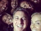 Luciano Huck curte noite animada com Angélica, Sabrina Sato e mais famosos