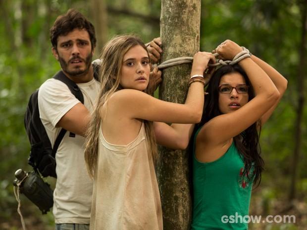 William consegue libertar Lili (Foto: Fábio Rocha/TV Globo)