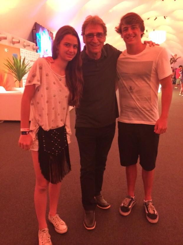 Herson Capri com os filhos Luisa e lucas (Foto: Ego)