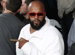 Suge Knight processa Chris Brown por tiroteio em boate em 2014