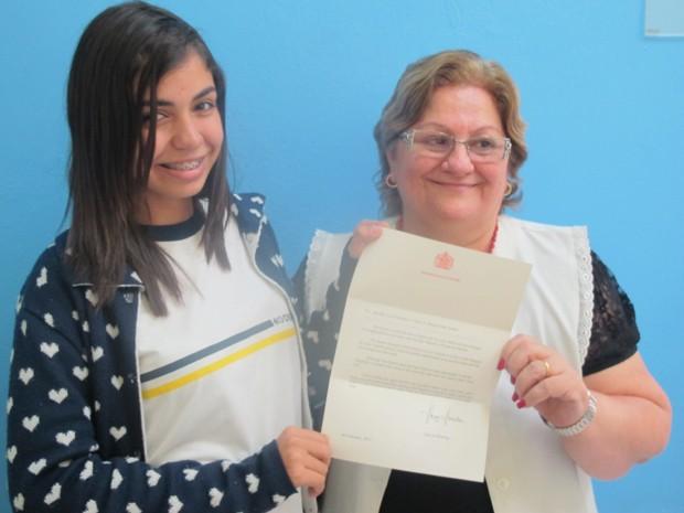 Bruna Sena e a professora Anna Bongiovanni fizeram parte do projeto (Foto: Mariane Rossi/G1)