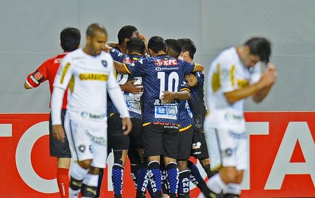 Christian Nunez comemoração jogo Botafogo e Independiente del Valle (Foto: AFP)