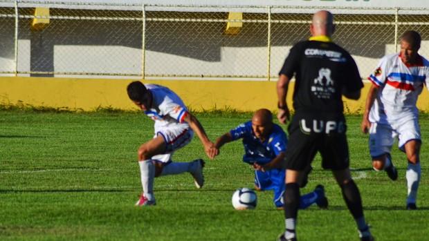 Final do Campeonato Sergipano teve arbitragem de Heber Roberto Lopes (Foto: João Áquila/GLOBOESPORTE.COM)