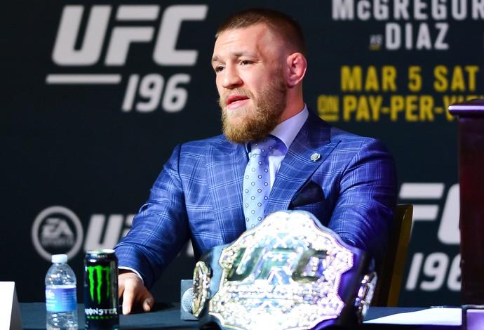 Conor McGregor coletiva UFC 196 (Foto: Jason Silva)