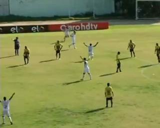 Resende goleiou Voltaço pelo Campeonato Carioca (Foto: Reprodução Bom Dia Rio)