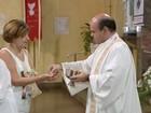 Igrejas de SP suspendem abraço e hóstia na boca para prevenir H1N1