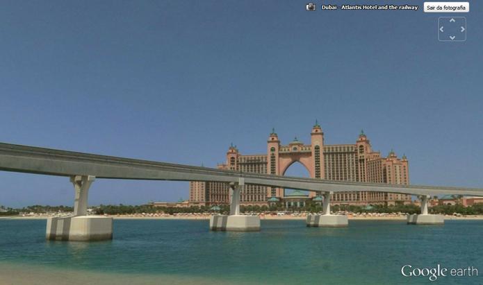 Ilhas artificiais de Dubai mostram a capacidade humana de mudar o ambiente (Foto: Reprodução/Google Earth)