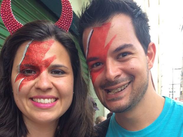 Bruna Buso, funcionária público, e Bruno Burdini, administrador, vieram de Campinas para o carnaval de São Paulo (Foto: Isabela Marinho/G1)