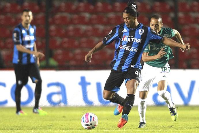 Ronaldinho, Querétaro X Léon (Foto: Reprodução / Facebook)