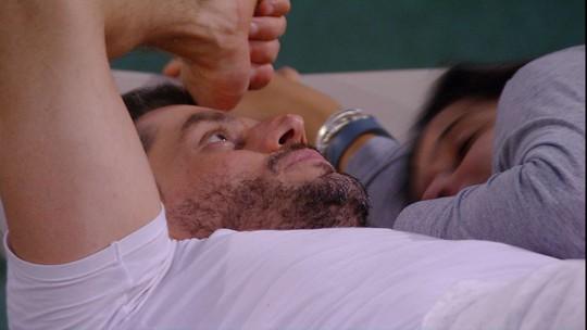 Marcos reclama de Marinalva: 'Não suporto gente grossa'