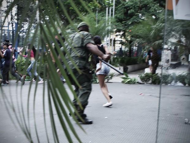 A PM informou não ter participado da operação, mas que tem relato de que uma guarda civil metropolitana ficou ferida com uma pedrada.  (Foto: Caio Kenji/G1)