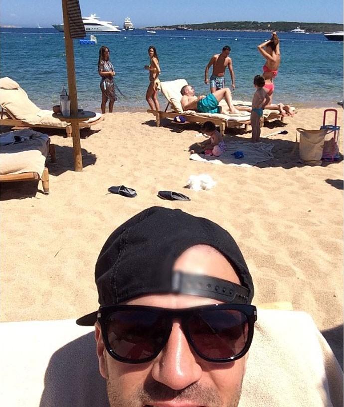 Fàbregas curte férias com Iniesta (Foto: Reprodução / Instagram)