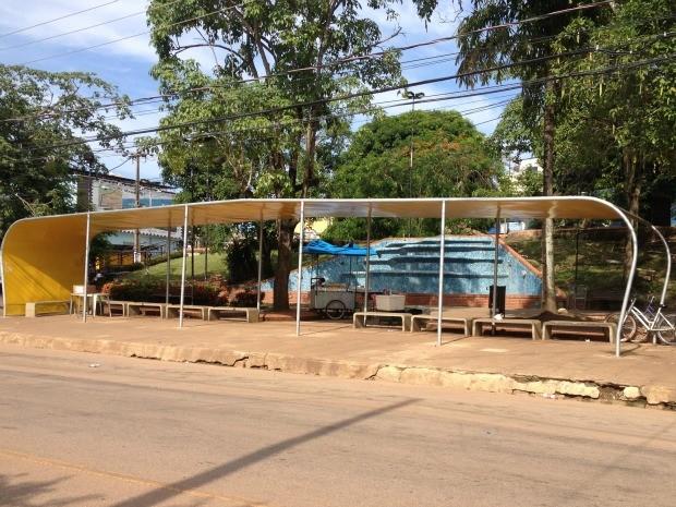 Paradas de ônibus de Porto Velho, RO (Foto: Mary Porfiro/G1)