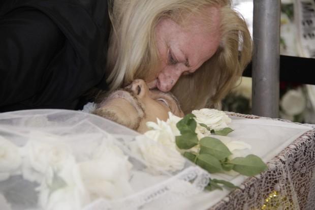 Anita, víuva de Luiz Carlos Miele (Foto: Anderson Barros / EGO)