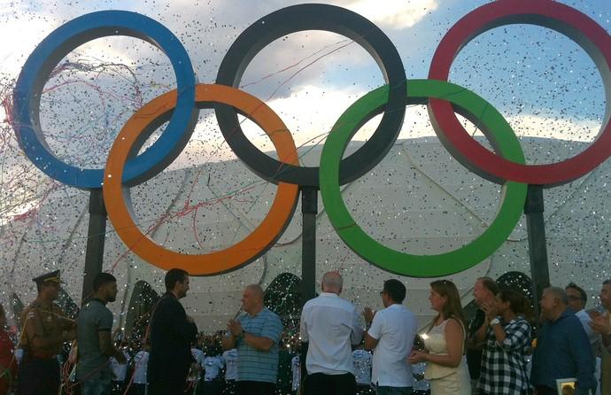 Anéis olímpicos inauguração Arena da Amazônia (Foto: Marcos Dantas)