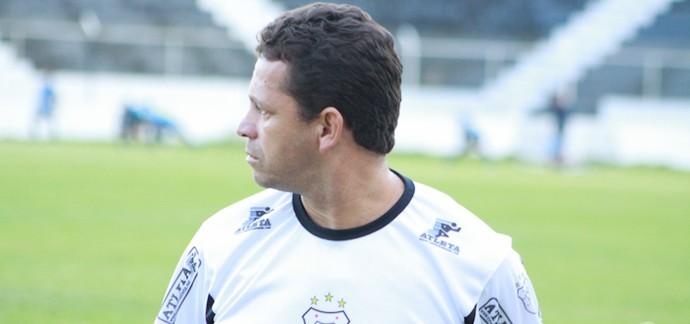 André Pimpolho, técnico do Americano (Foto: Ag. Ururau)