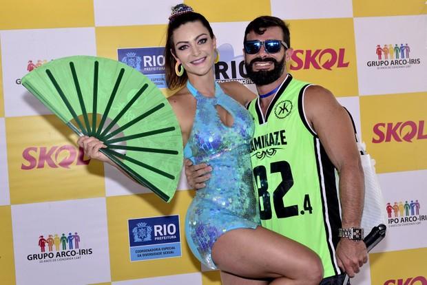 Laura  Keller e Jorge  para LGBT (Foto: Roberto Teixeira / EGO)