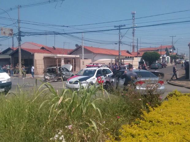 Perseguição policial termina em acidente com 3 feridos em Piracicaba (Foto: Edijan Del Santo/EPTV)