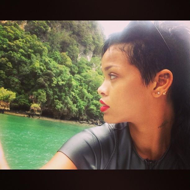 Rihanna na Tailândia (Foto: Reprodução/Instagram)