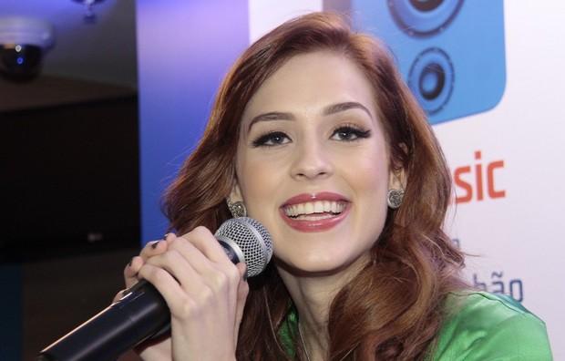Sophia Abrahão   (Foto: Isac Luz / EGO)