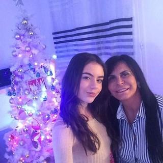 Giullia com a mãe, Gretchen (Foto: Reprodução/Instagram)