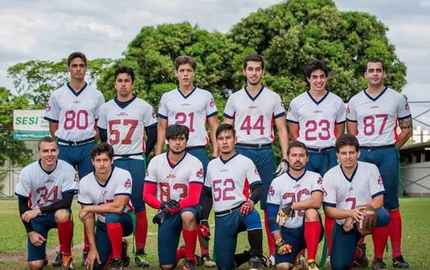 'Caipiras' do Goiânia Rednecks lutam para vencer no futebol americano (Foto: Alex Garcia/Divulgação)