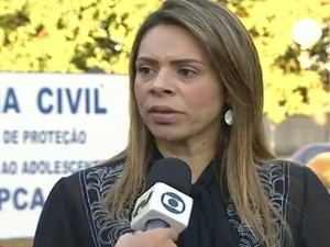 Delegada afirma que crian&#231;as ca&#237;ram na piscina de ber&#231;&#225;rio juntas, em Goi&#225;s (Foto: Reprodu&#231;&#227;o TV Anhanguera)