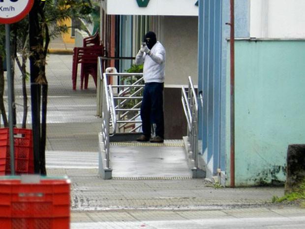Assalto bancos Machadinho RS (Foto: Rádio Interativa Machadinho/Divulgação)