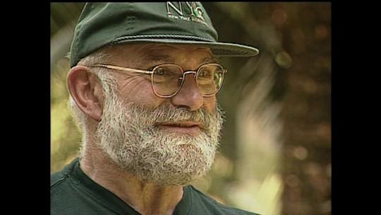 Oliver Sacks, médico autor de 'Tempo de despertar', morre aos 82 anos