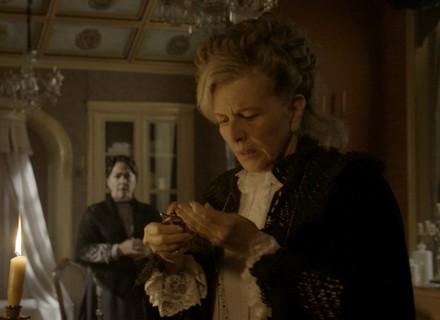 Após ameaça, Vitória toma atitude que deixa Zilda chocada