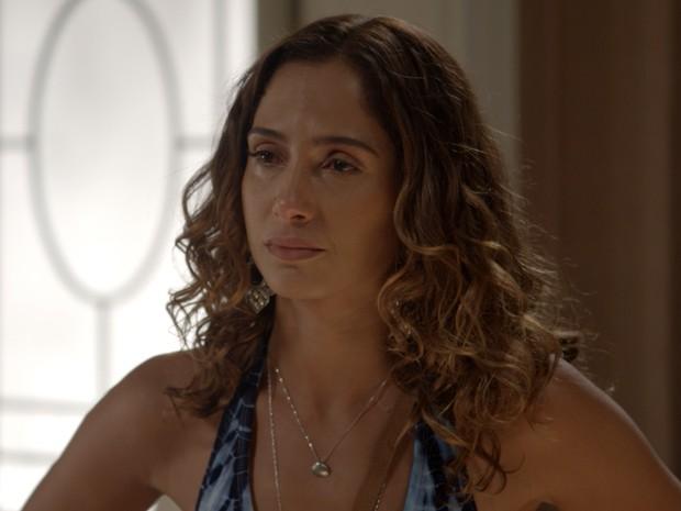 Regina é humilhada por Inês (Foto: TV Globo)