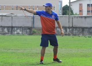 Treinador do MAC já vem realizado pré-temporada com o grupo atleticano desde o começo da semana (Foto: Divulgação /  MAC)