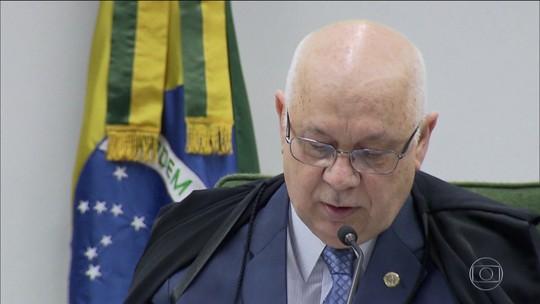 Ex-presidente da Andrade Gutierrez diz que construtora pagou propina