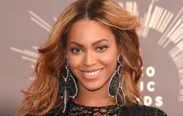 """Atenção para a observação de Beyoncé Knowles, de 33 anos: """"Acho que você precisa se conhecer, saber o que você quer, passar algum tempo sozinho, e ter orgulho de quem você é antes de compartilhar isso com outra pessoa"""". (Foto: Getty Images)"""