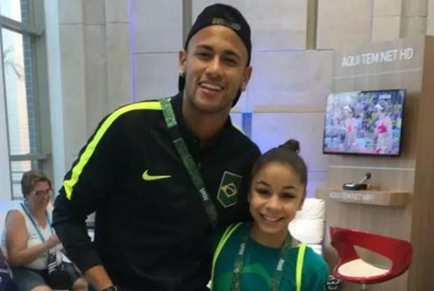 Flavia com Neymar (Foto: Reprodução/Instagram)