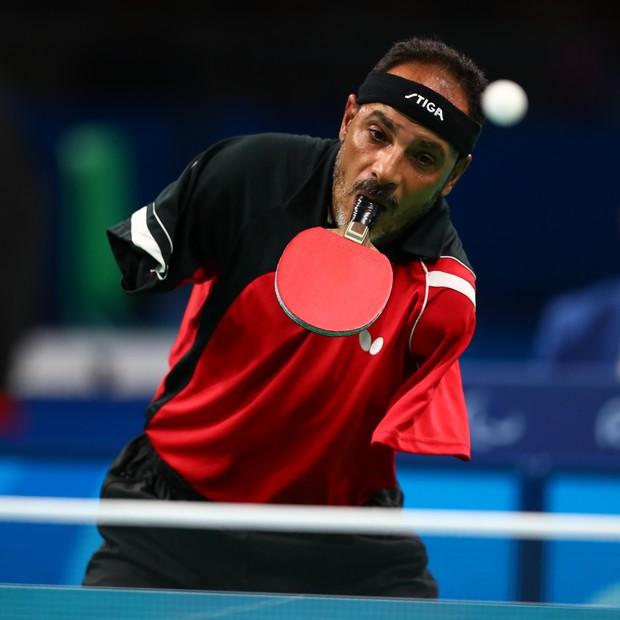 Ibrahim Hamadtou perdeu os braços aos 10 anos (Foto: Lucas Uebel/Getty Images)