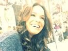 Bruna Marquezine publica foto sorrindo: 'Metade de mim é amor'
