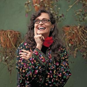 """METAMORFOSE Lala Deheinzelin na sede de uma ONG em São Paulo. """"Ser atriz era algo limitado para mim"""" (Foto: Filipe Redondo/ÉPOCA )"""