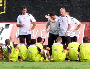 Dorival Junior treino Vasco em Recife (Foto: Gustavo Rotstein)